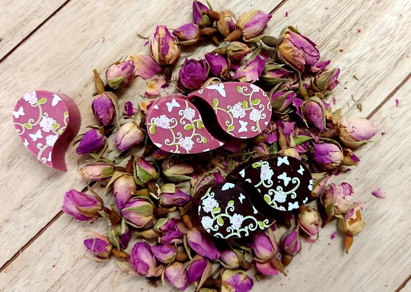 rózsa-lics-málna bonbon